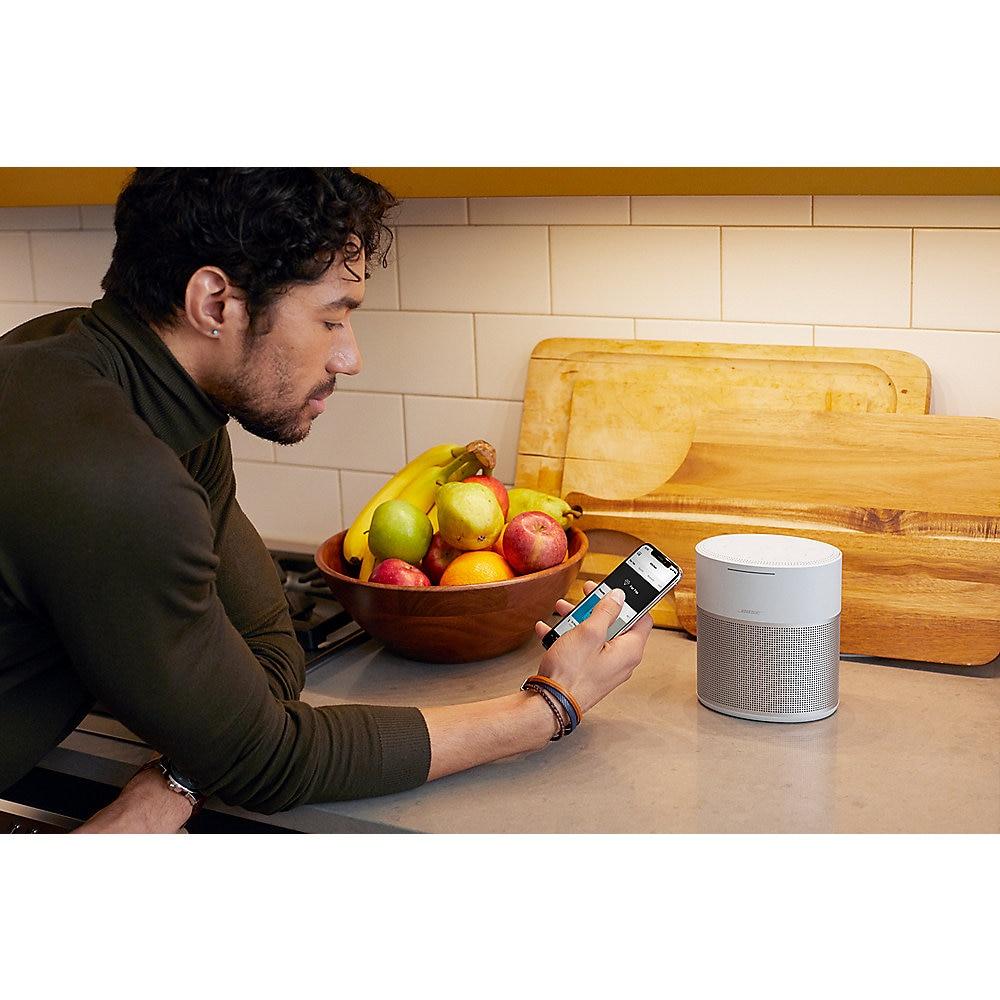 Bose Home Speaker 300 Smart-Speaker silber