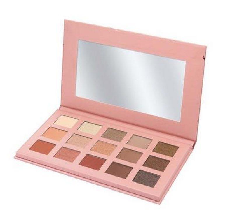 Terra Naturi Nude is Glowing Eyeshadow Palette